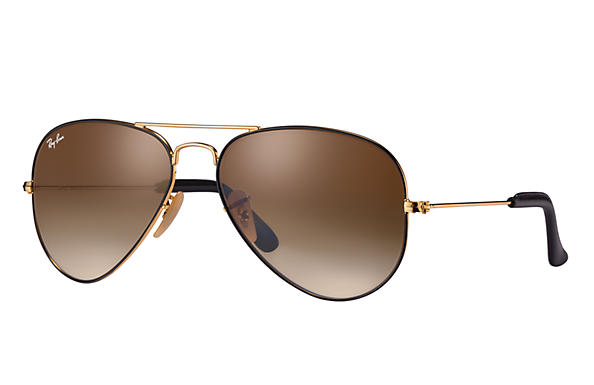 For anyone who simply wants to be real, Ray-Ban believes the most fashionable thing to be is yourself.
